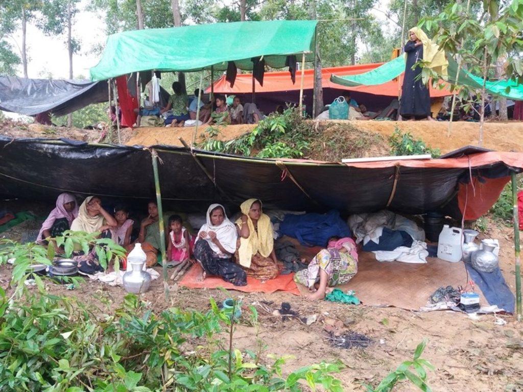 Cáritas Española apoya el plan de emergencia de Cáritas Bangladesh para socorrer a 70.000 refugiados rohingyas