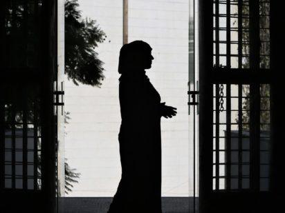 Las entidades de Iglesia denuncian la invisibilidad que afecta a las mujeres y niñas en situación de movilidad forzada