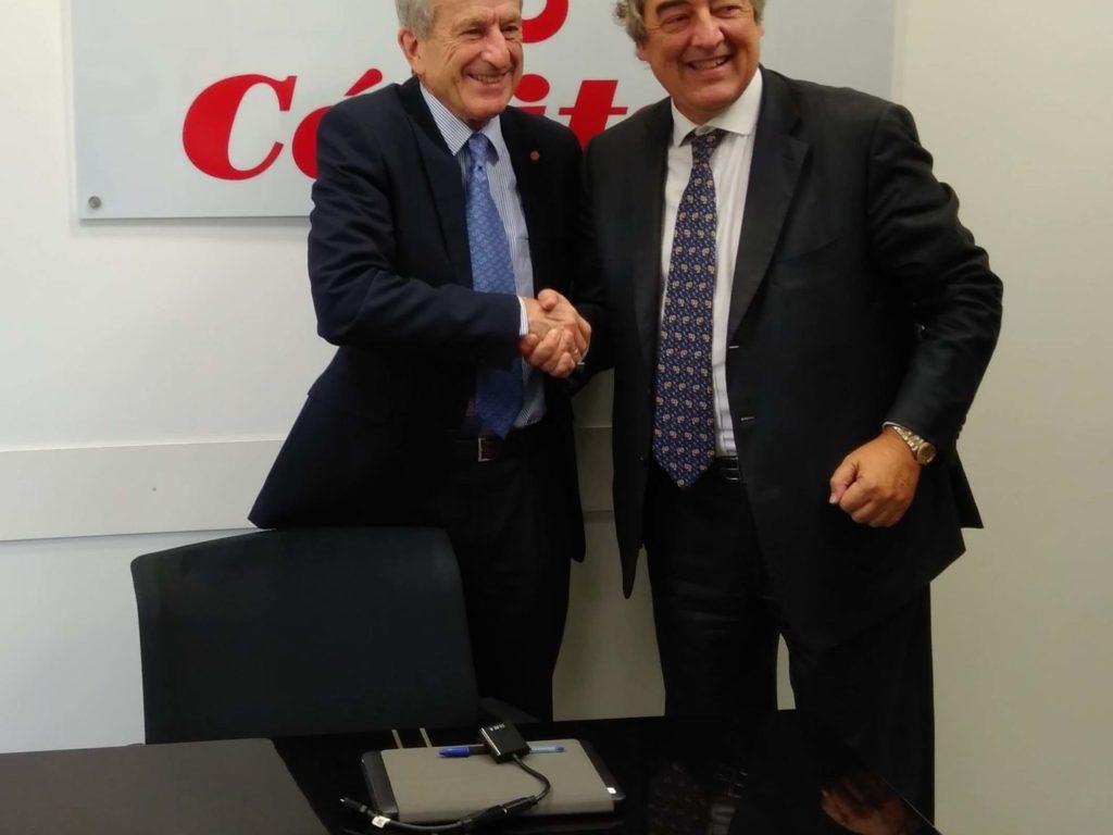 La CEOE y Cáritas firman un convenio de colaboración con fines solidarios