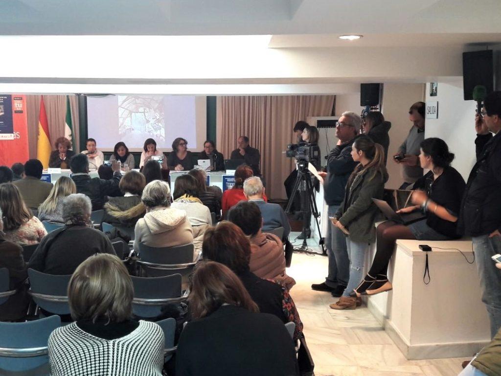 Cáritas y otras siete entidades sociales constatan en un informe la situación «inhumana» de los asentamientos en Huelva