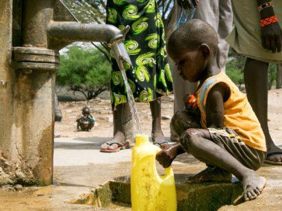 Día Mundial del Agua: El acceso universal al agua, un derecho humano fundamental