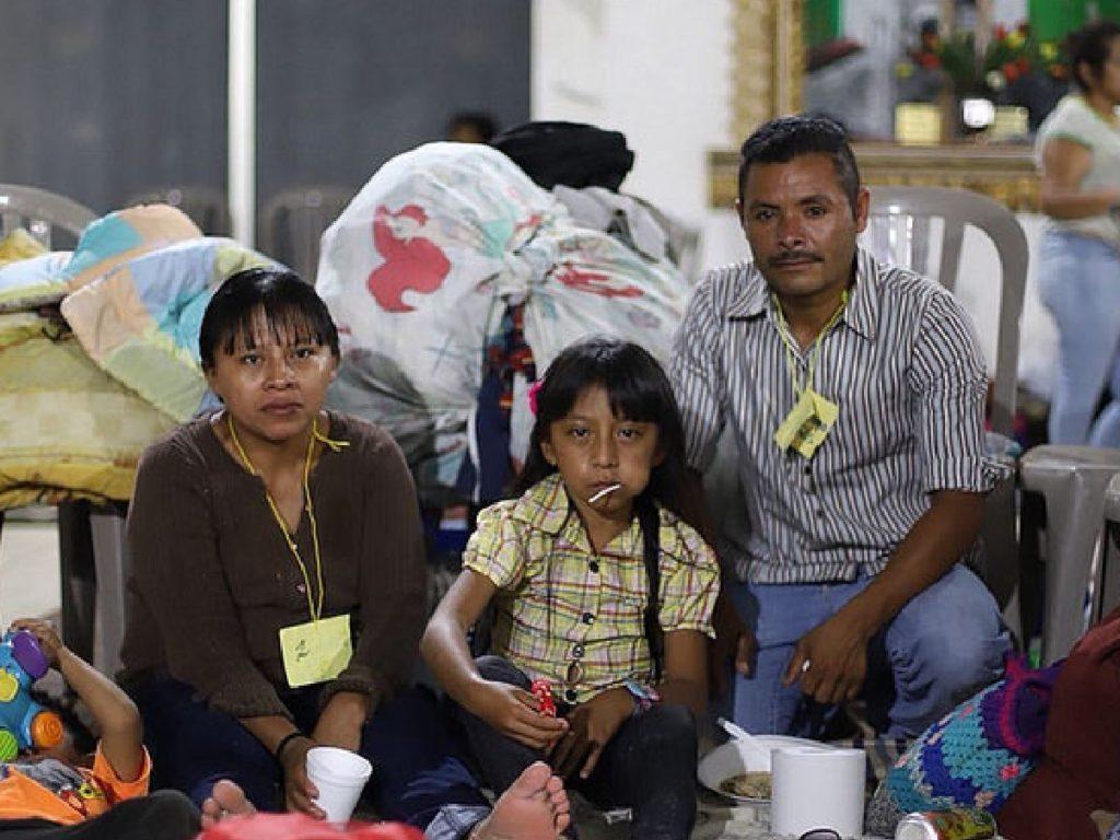 Cáritas Guatemala construirá 125 albergues temporales para los damnificados del Volcán de Fuego