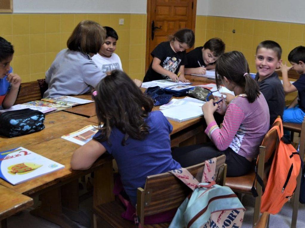 La alfabetización, eje de la acción de Cáritas contra la exclusión y la desigualdad