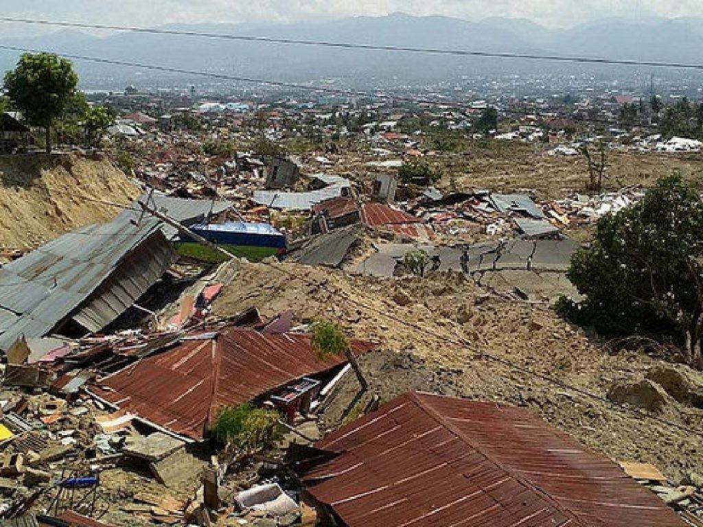 La red Cáritas en Indonesia se moviliza para ayudar a los damnificados por el tsunami