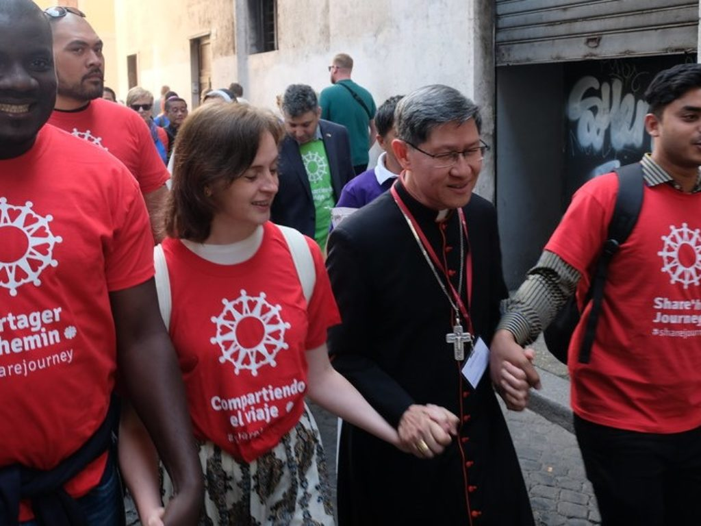 El cardenal Tagle, presidente de Cáritas Internationalis, invita a «encontrarnos con otros para poder ser uno, juntos»