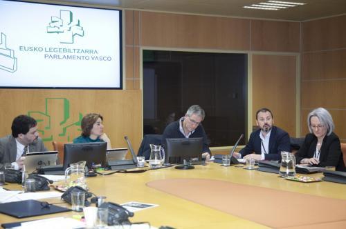 Comparecencia de Cáritas Euskadi en el Parlamento Vasco. 15 de marzo de 2018.